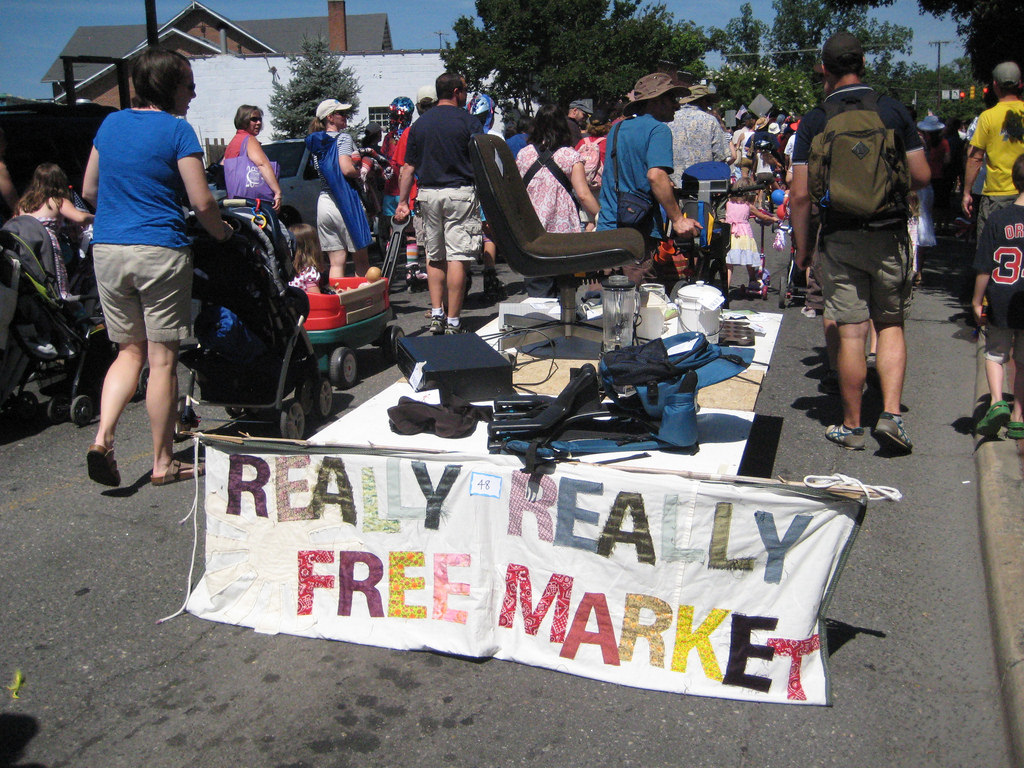 RR Free Market 1
